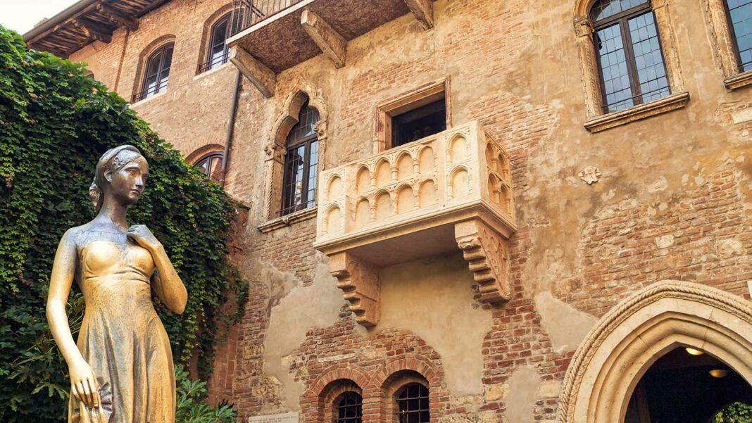 Juliet's House (c) Vladimir Sazonov/ Shutterstock.com