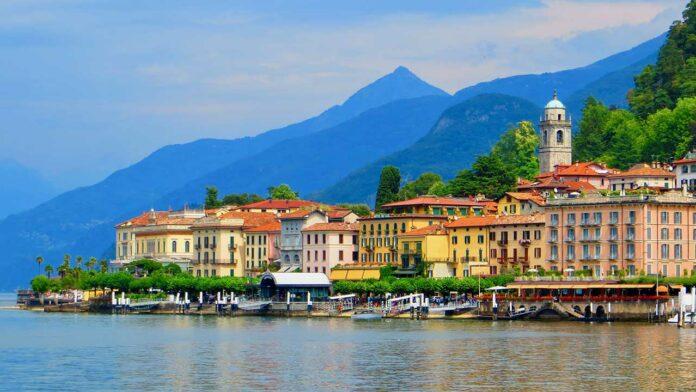 The lakeside in Bellagio