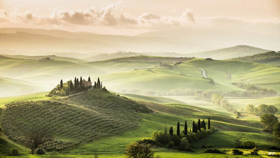 Sunset in the countryside of Val d'Orcia